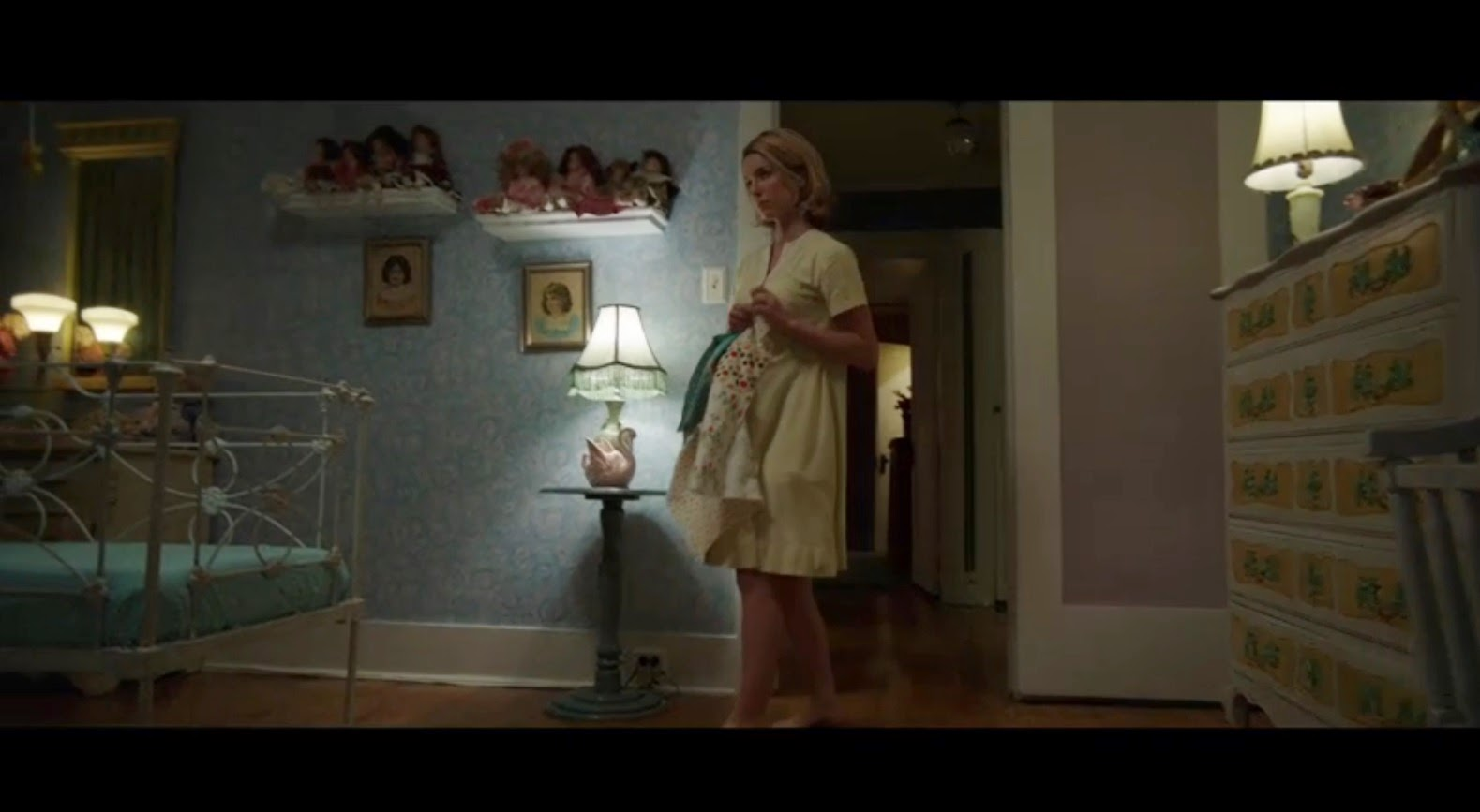 Horror Movie Review Annabelle 2014 Games Brrraaains A Head Banging Life