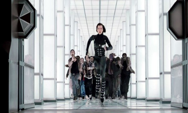 Resident Evil Retribution - Alice Chased by Zoms
