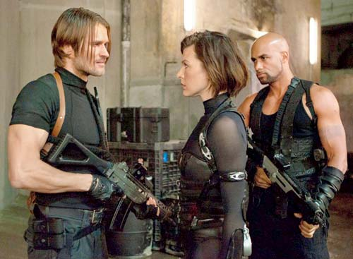 Resident Evil Retribution - Alice & Leon