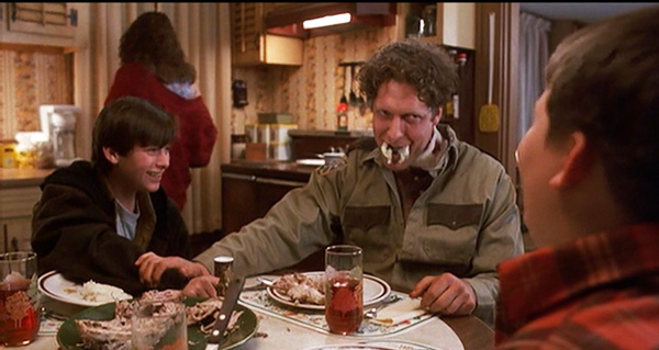 pet-sematary-2-clancy-brown-edward-furlong-maniacal-laughter-dinner