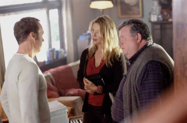 still-of-michael-keaton,-deborah-kara-unger-and-ian-mcneice-in-white-noise-(2005)-large-picture