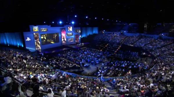 E3 Crowds