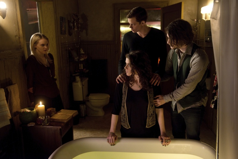 file_118777_3_hemlockgroveseason2large2