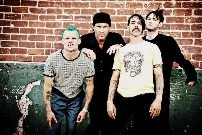 red-hot-chili-peppers-2016